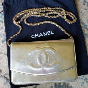 33ee51f0482d83 CHANEL Timeless CC Wallet On Chain WOC - Gold